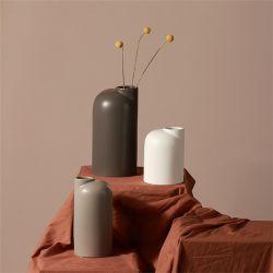 심플한 현대식 무광 화이트 그레이 세라믹 Vase Nordic Crafts Home 장식