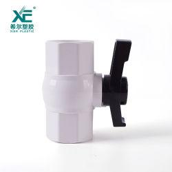 Valvola a sfera Octagonal del PVC di pressione normale utile durevole di pollice del commercio all'ingrosso 1/2-2
