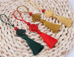 Noeud chinois avec gland décoratif pour souvenir