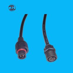 Enchufe el adaptador de cable de alimentación de los conectores de goma/PVC/nylon
