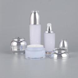 تغليف فاخر 30 مل 60 مل كريم مربع شفاف قابل لإعادة الملء قابل لإعادة الملء زجاجة مضخة المستحضر