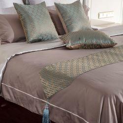 Samt-Gewebe-Bettseitentriebs-und Throw-Set-Hotel-Dekoration-Sets