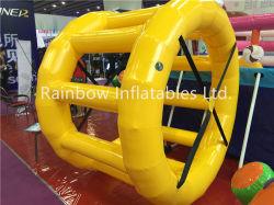 Drôle de jeux d'eau Inflatable roue à eau, l'eau, du rouleau de galet gonflable Orb/ Ball