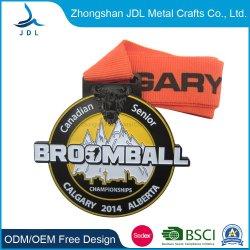 Китай Логотип Gold штамповки эмаль эпоксидная смола смешные Cute несут 3D модели металла спорта работает марафон медаль с лентой (360)