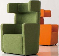 Singolo sofà del cuoio dell'ufficio della disposizione dei posti a sedere di svago della nuova di stile di congresso della mobilia su cabina della parte posteriore con il Recliner Barcellona dell'ottomano