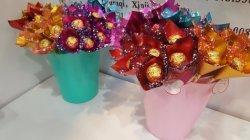 Букет из роз шоколад сахар на День святого Валентина