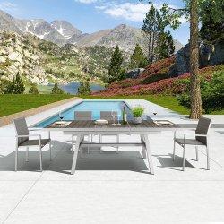 機能テラスの一定の伸張のダイニングテーブルおよび椅子の庭の家具
