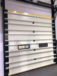 Verladedock-Lager-Werkstatt, die Stahlmetall die feuerfeste industrielle Sicherheit isolierte, die außen ist, isolierte geschnittenobenliegendes rollen oben den Roll-up, der automatische Garage anhebt