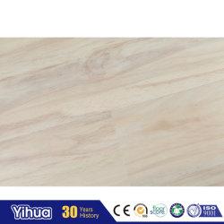 熱い販売の自己の棒の木製のビニールの床タイルPVC WPC