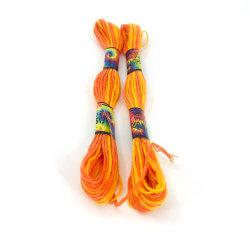 La broderie d'utiliser les couleurs de haute qualité 100% coton fabricant de filés Cross Stitch Floss Skeins 8m 10