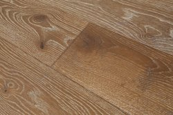 Vasta Plank UE Oak Engineered Wood Flooring com Multiplique Woodcore
