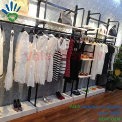 Metalbekleidungsgeschäft-Zubehör-Geräten-Kleidung-Wand beansprucht Standplätze stark