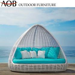 Pátio com jardim exterior moderno personalizados Home Gazebo Mobiliário Hotel White Grande Sofá Cama Redonda espreguiçadeira com coxim