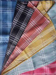 폴리에스테 면 털실은 도비 검사 6cm 셔츠 직물을 염색했다