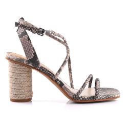 أزياء عالية الجودة جلد الكعب شونكي الكعب العالي النساء ساندالز أحذية