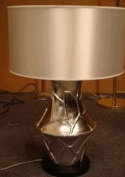 Hotel de resina de decoración moderna lámpara de mesa con la seda sombra L12021