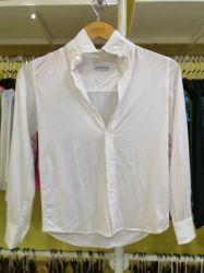 ボーイズ長袖竹製ウーブンボタンダウンシャツホワイトカスタマイズ OEM ODM の衣服