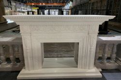 カスタマイズされた白いTerrazzoの暖炉のマントルピースの人工的な石造りの室内装飾