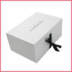 Chiusure impaccanti del nastro del contenitore dell'imballaggio del libro del cartone del documento di regalo pieghevole a forma di piano di lusso del pattino con il coperchio magnetico