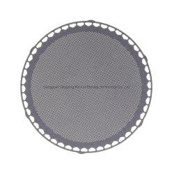Foto che incide il filtro dalla caffettiera dell'acciaio inossidabile