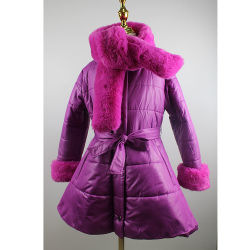 ジャケットの女の子の長いセクションの毛皮の collar の新しい冬の子供 厚い大きい女の子のコート