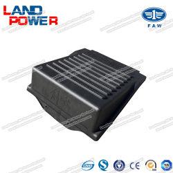 FAW Jiefangのトラックのための蓄電池カバーはSGSの証明の予備品J5/J6シリーズ部品を分ける