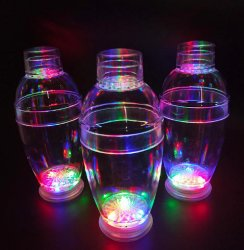 Venda a quente de plástico da barra de LED transparente Cocktail Shaker