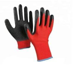 Großer Griff in den nassen oder öligen Bedingungen, die Sicherheits-schützenden roten schwarzen Handschuh für Hand Arbeits sind