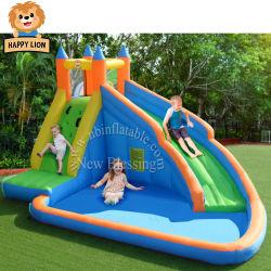 水プールを持つ幸せなライオンの膨脹可能な弾力がある城、膨脹可能なスライドの警備員、子供のためのオックスフォードの新しいナイロン膨脹可能な警備員および子供