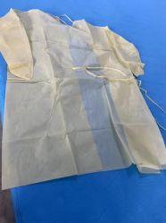Stock prêt 100000pcs de couleur jaune PP jetable +PE 35GSM Étoffes de bonneterie non tissé robe d'Isolation de protection du brassard