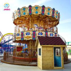 La strumentazione dell'oscillazione del campo da giuoco di tema del parco di divertimenti allegra va giri del cavallo del carosello del tondo da vendere