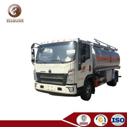 tankt de Rechtse Aandrijving 10000L HOWO de Vrachtwagen van de Tanker bij