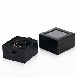 Spitzenschmucksache-feenhafte Verzierungen, die Geschenk-Papierkasten mit freiem Fenster verpacken