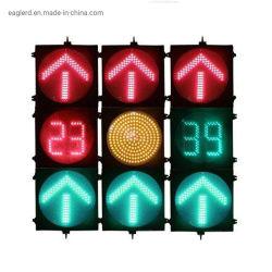 Желтый светодиод красного цвета зеленой стрелкой сигнала трафика с таймером обратного отсчета