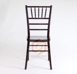 마호가니 나무로 만든 치아바리 의자