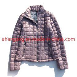 No Inverno das mulheres à prova de Nylon acolchoada Keep Warm revestimento almofadado