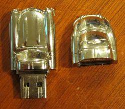 Золотой автомобиль форма флэш-накопитель USB (OM-P136)