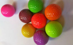 La mayor mini pelotas de golf