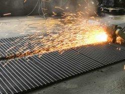 산업용 플랫폼을 위한 아연 도금 조립 강철 그리팅 바 그레이팅 메시 바닥