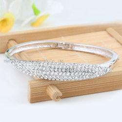 Bracciale In Lega Di Moda A Inserto In Strass Con Affascinante Crystal Bracelet