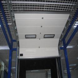 Portes isolées sectionnelles de garage de doigt de vente en gros industrielle de protection