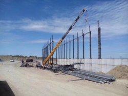 El bastidor de la estructura de acero pesado taller de construcción de almacenes prefabricados