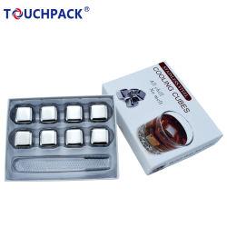 Un emballage cadeau de la glace de pierres de whisky en acier inoxydable avec du caoutchouc Tong