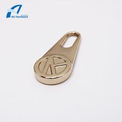 特有なデザイン亜鉛合金袋のアクセサリの金属の引き手のジッパーの販売