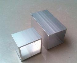 Alumínio profissional perfis extrudados de alumínio com usinagem e tratamento de superfície