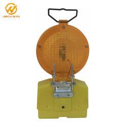 交通安全の使用の円錐形またはトラフィックの障壁のための黄色か赤いバリケードランプの標識燈に警告する太陽LEDのトラフィック