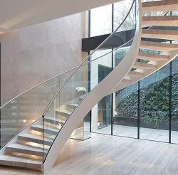 Villa moderna casa de madeira preta interior escadaria em espiral de aço Personalizado