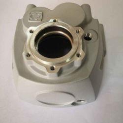 Les pièces automobiles en alliage aluminium moulage sous pression du carter du couvercle du moteur