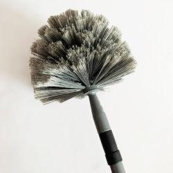 Het huishoudelijke schoonmaakborsteltje kan de telescopische staaf naar de borstel verlengen Het Plafondartefact