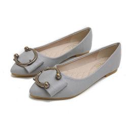 Le design de mode femmes Flats de patiner sur la taille des chaussures plus chers